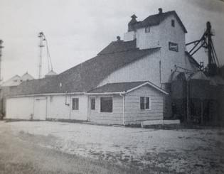 Janesville Feed Mill  (Currently R&K Storage Rentals)