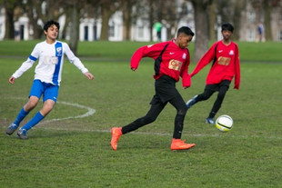 Tower Hamlets boy signs for a Premier Club