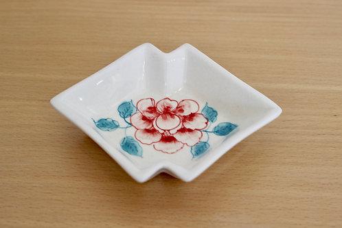 お皿(三角)