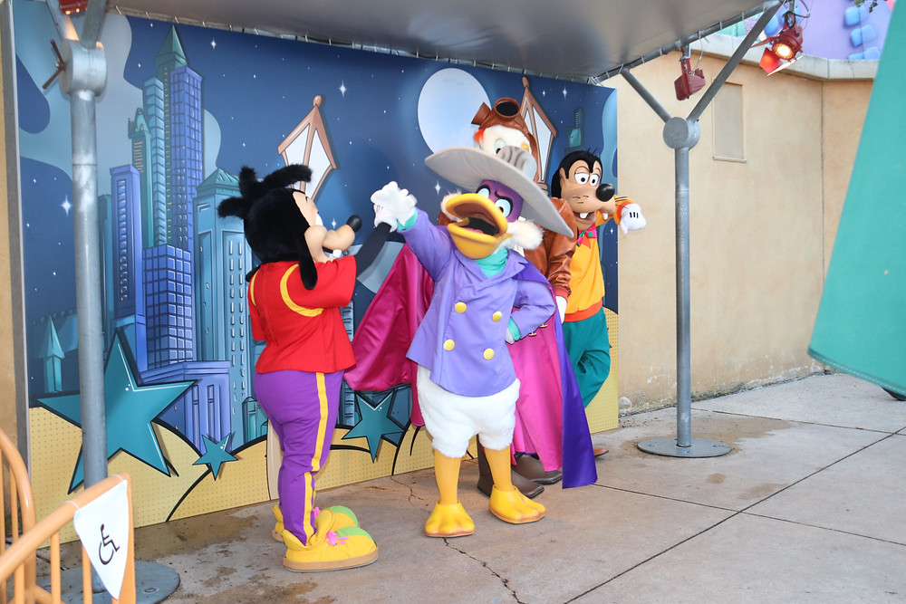 The stars of Darkwing Duck and Goof Troop at Disneyland Paris