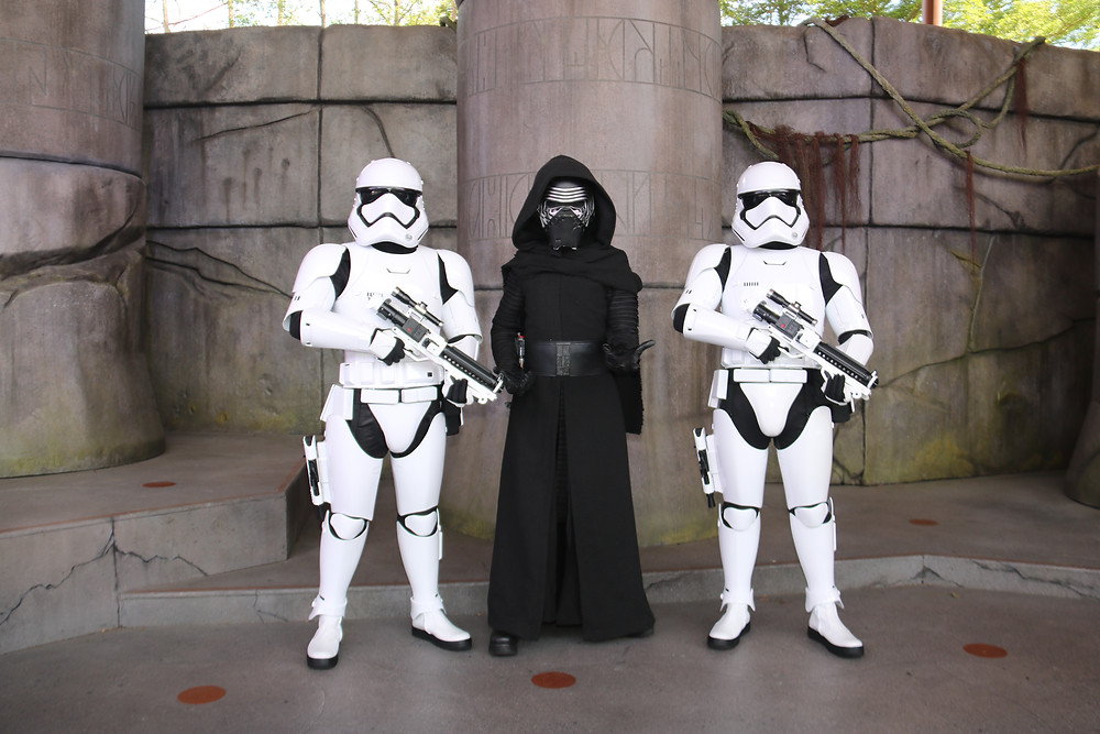 Kylo Ren with two Stormtroopers at Hong Kong Disneyland