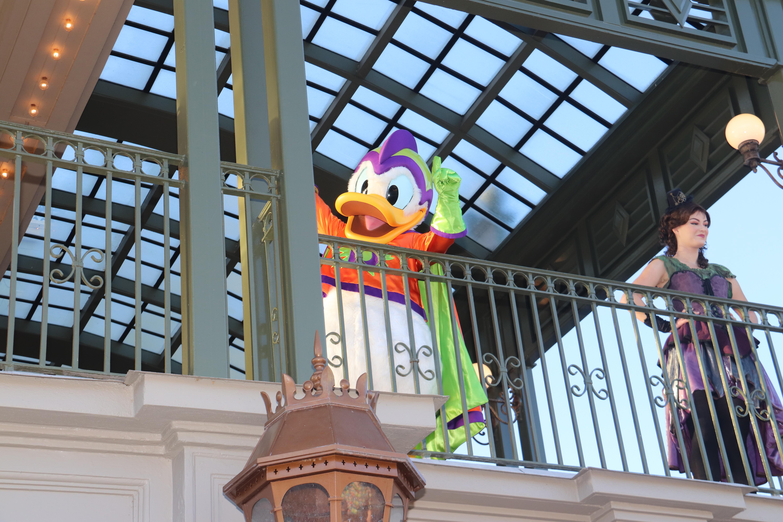 New Parade Donald