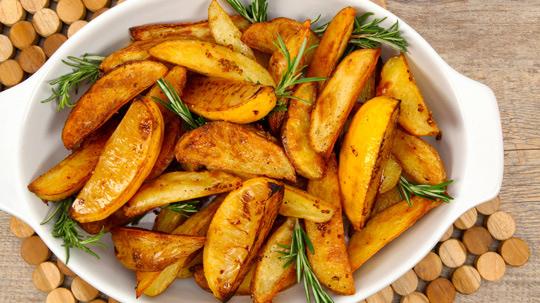 roasted_lemon_and_mustard_potato_wedges-thumb-540x303-141601
