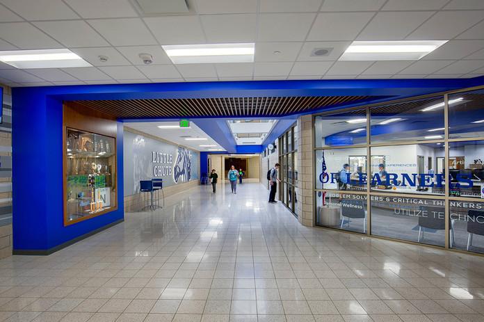 I_Little-Chute_I.M.HS_Entrance-Corridor_