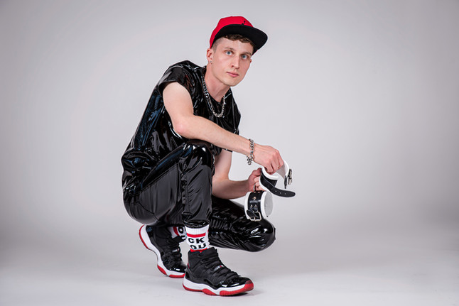 gay pvc, sk8erboy socks, pvc gear, sniff me socken, sk8erboy socks schweiz