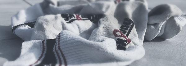 getragene socken, smelly socks, dirty socks, socks sniffer, gay socks fetish, gay man socks, socks smell, buy sk8erboy socks worn