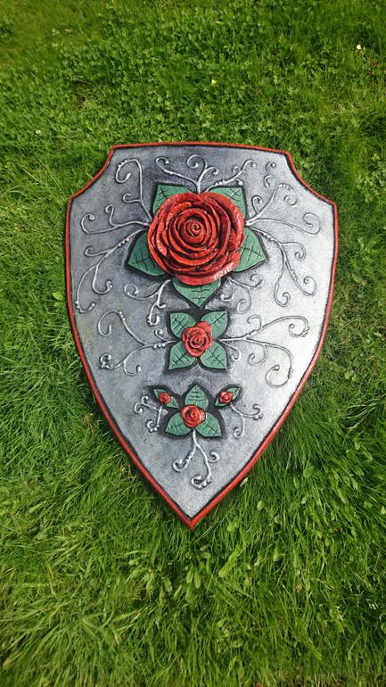 Foam Rose Shield Silver