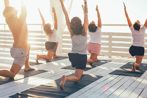 Yoga på dæk