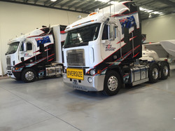 TRUCK CAB AND TRANSPORTER FULL WRAP