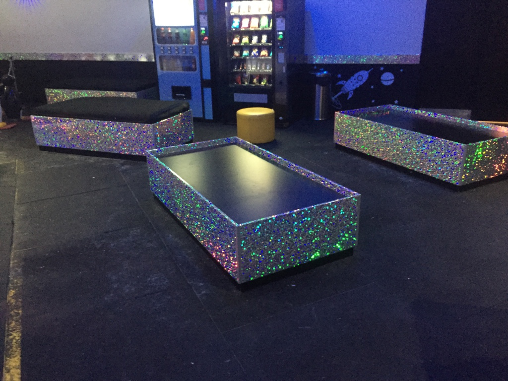 CUSTOM HOLOGRAPHIC WALL WRAP