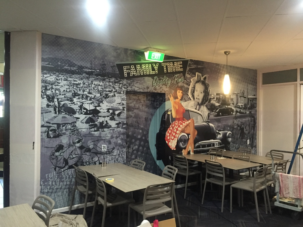 RESTAURANT WALL WRAP