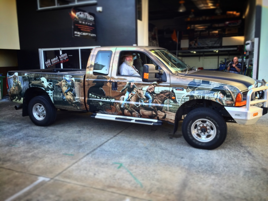 CUSTOM ART FULL UTE WRAP