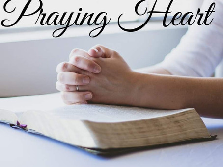 Praying Heart (Beth)