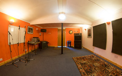 Studio -_-2.jpg