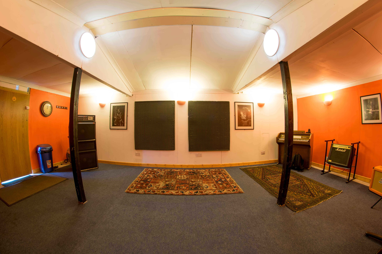 Studio -_-3.jpg