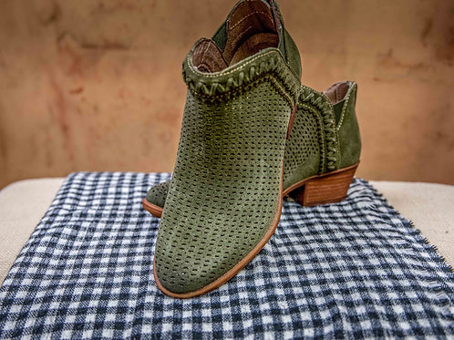 Earth Perry Bootie- olive