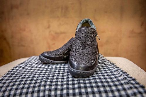 Crimson Jambu Shoe
