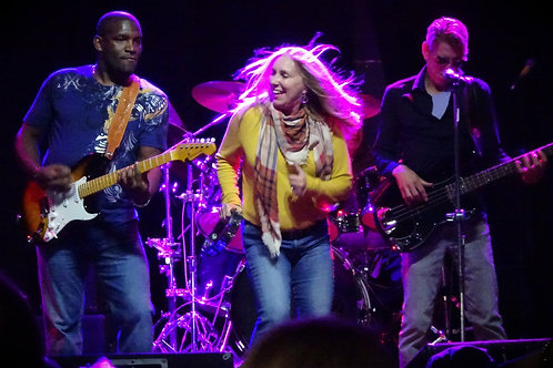 The Dee Miller Band with New Feral Cats and Bruce Archer, August 8, 7 p.m.