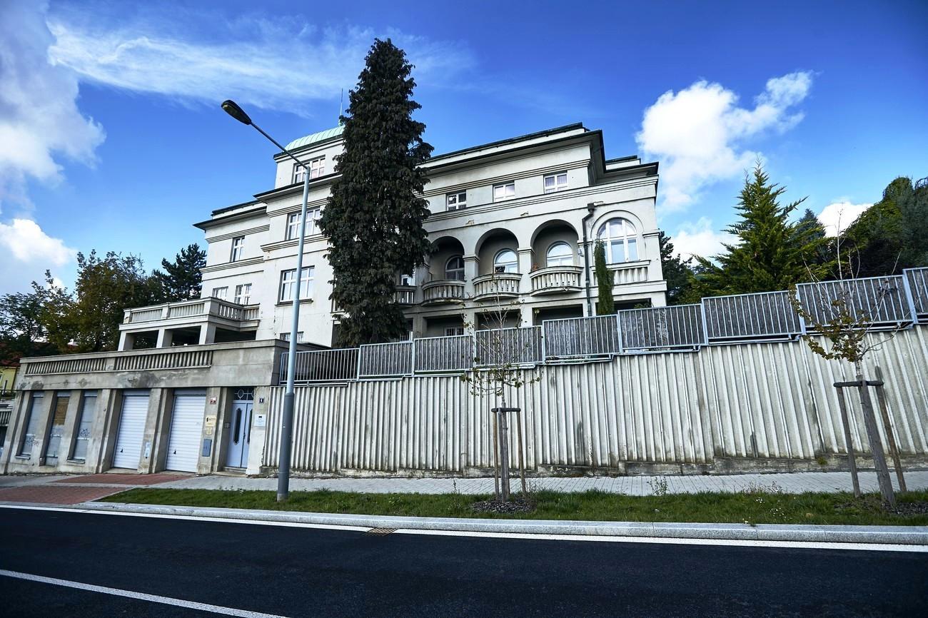 Vavroušova vila