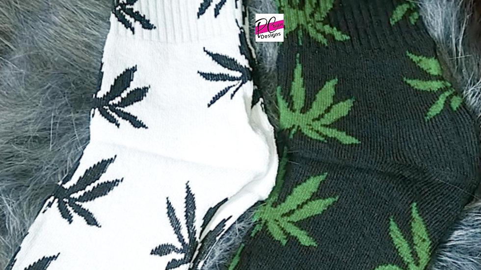 Marijuana/Cannabis Leaf Tube Socks