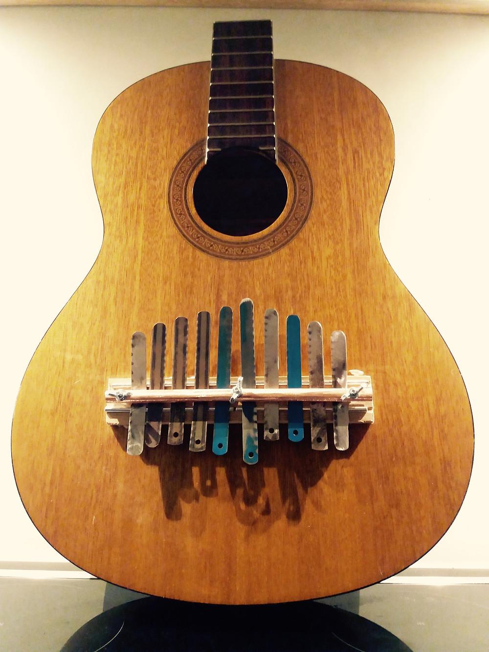 sanza guitare