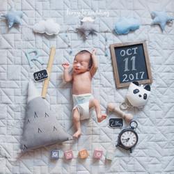 newborn_Ryder_hello2 copy