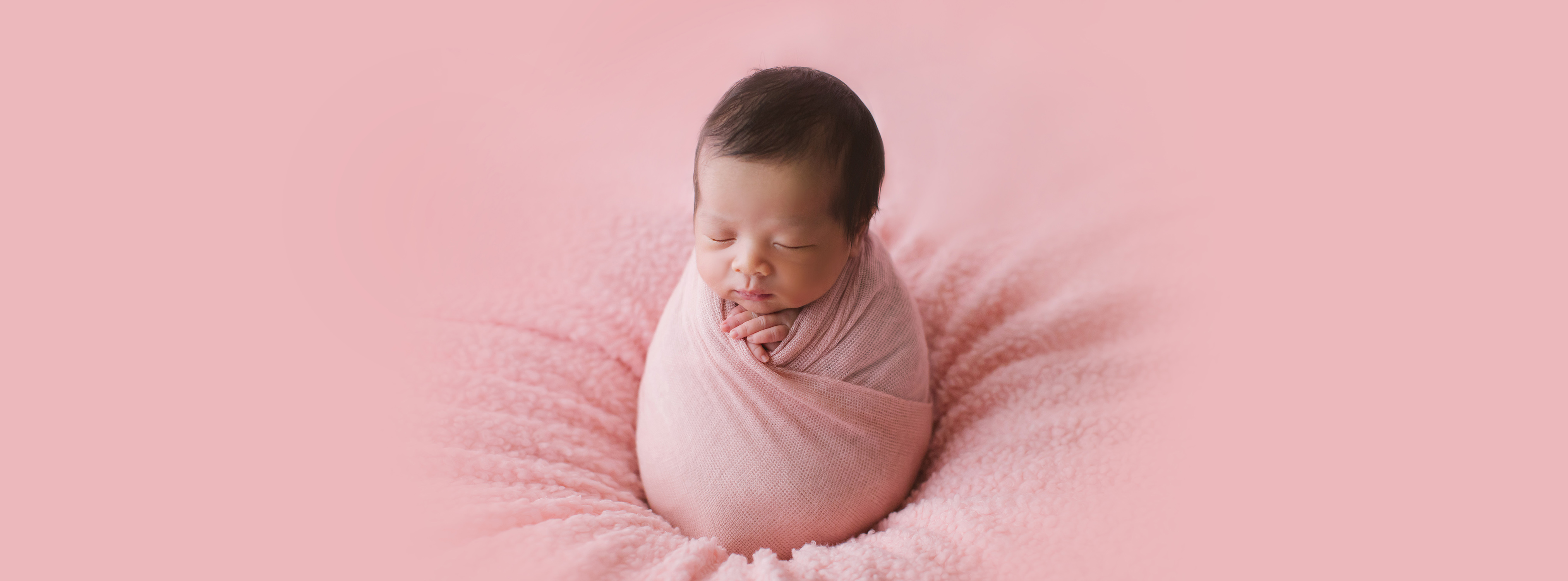 Newborn_Charlotte_web_small