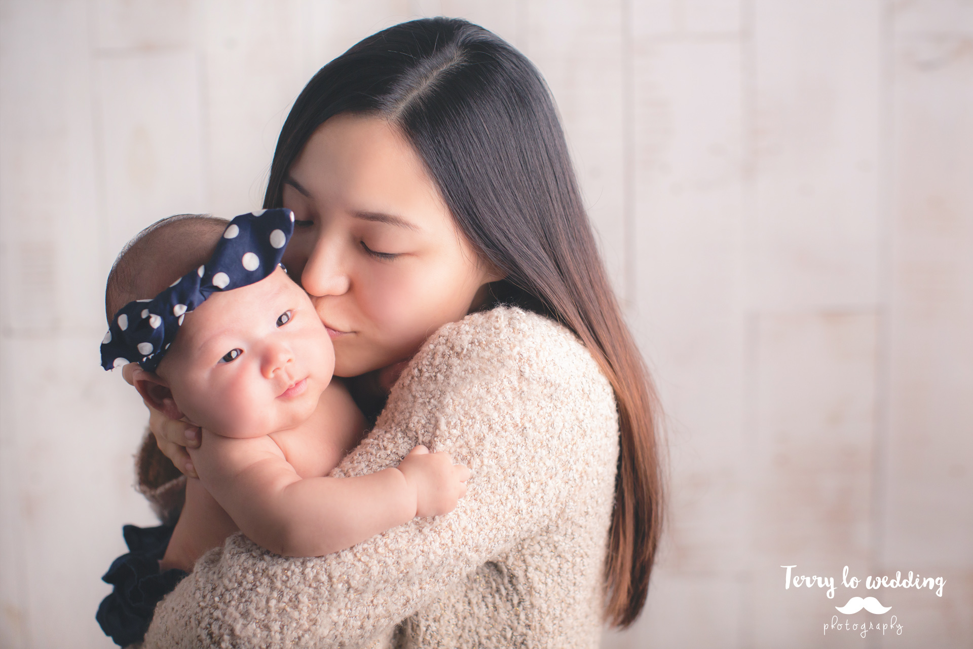 Newborn_Gigi_1920_02a