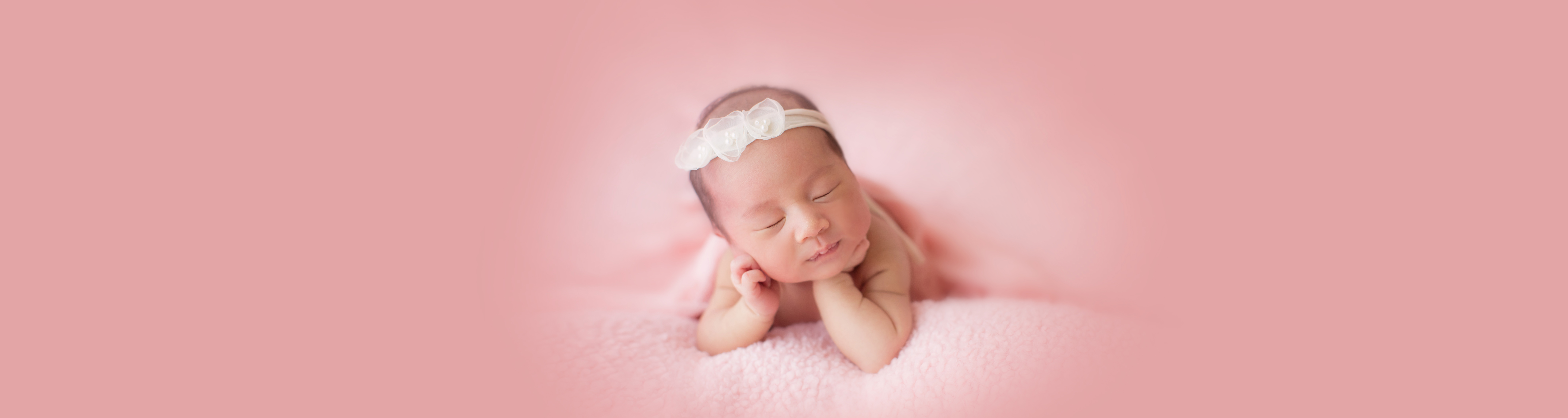 Terry Lo HK Newborn Photographer