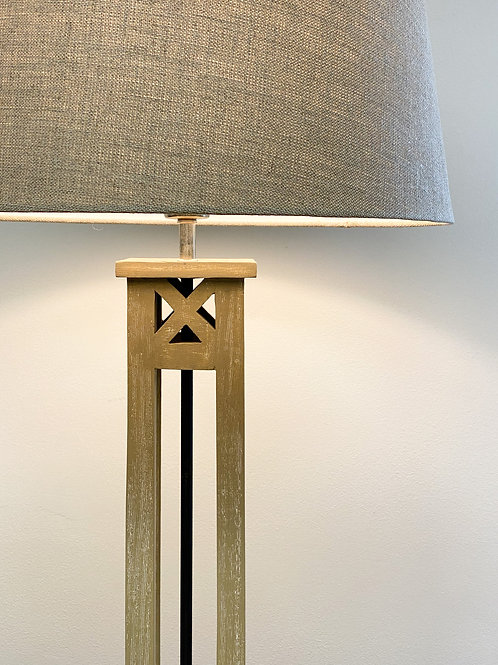 Dominica Lamp