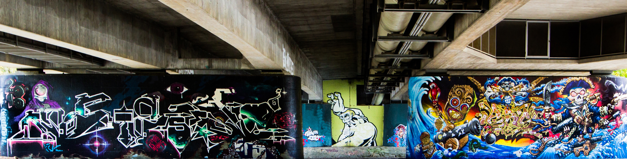 klein_header_graffitti_Fotolia_65787860_Subscription_Monthly_L