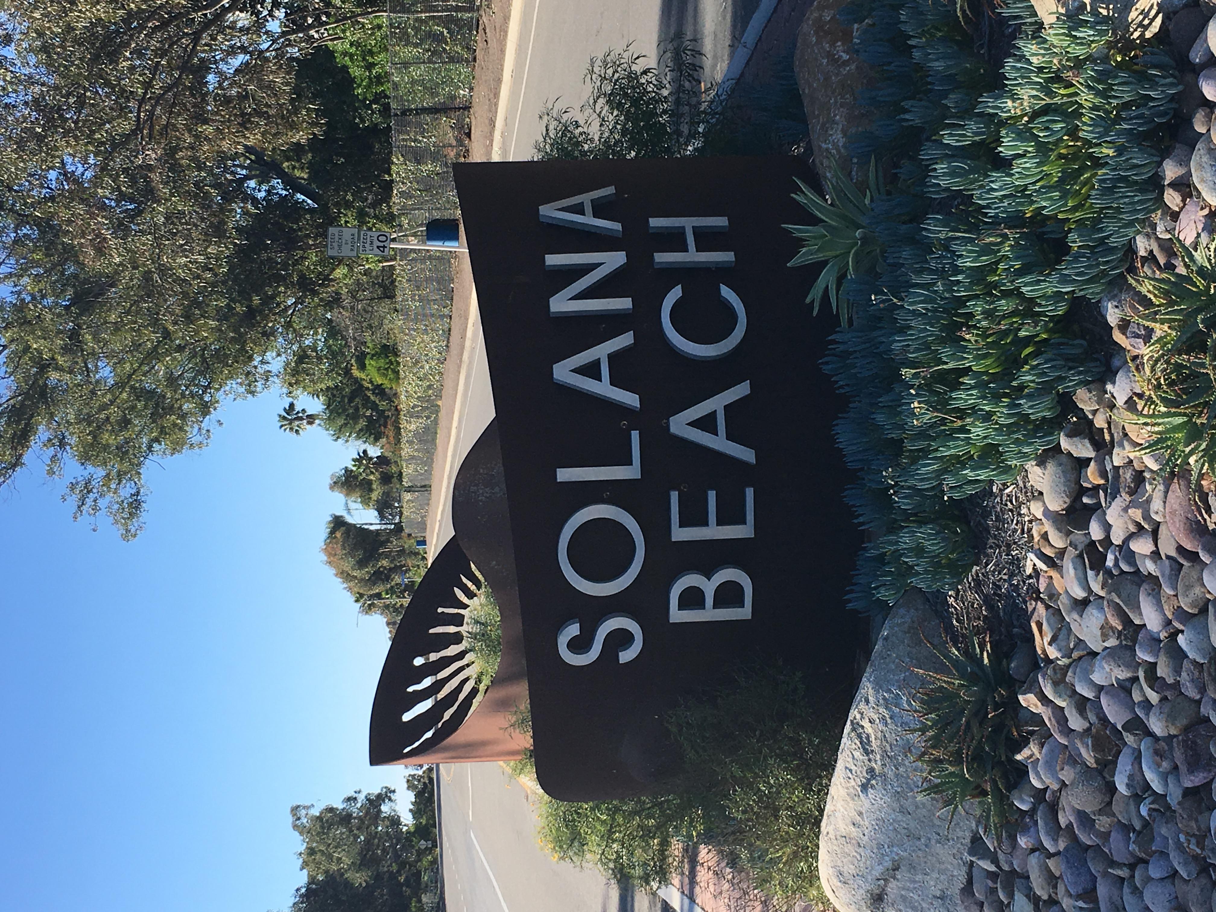SolanaBeachSign