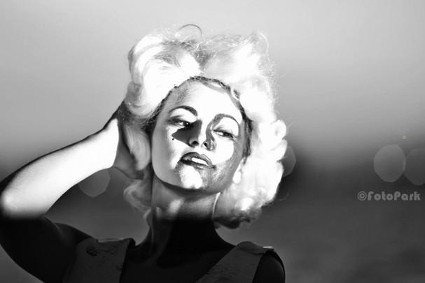 Like... Marilyn
