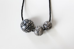 HANDPAINTED | NECKLACE