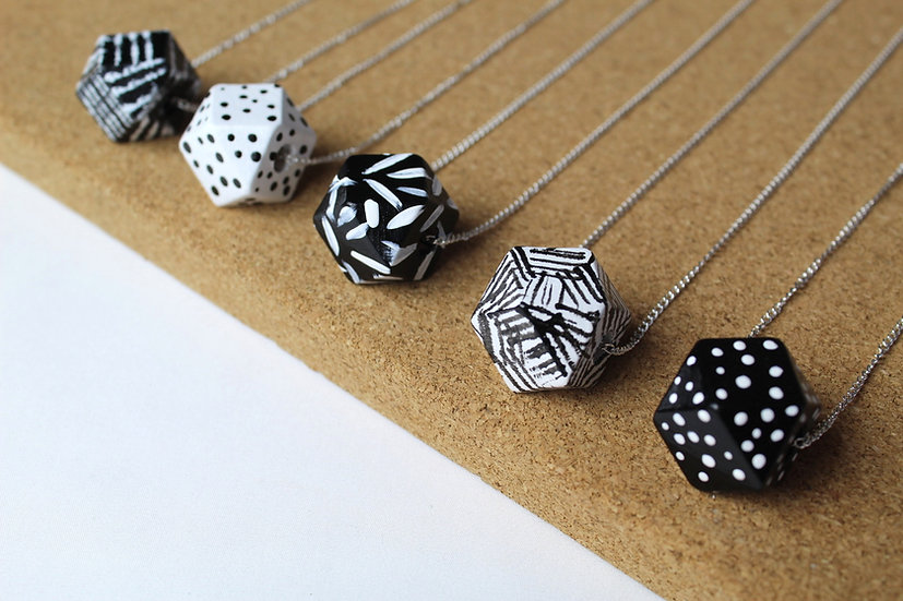 ROLY POLY NECKLACE 1-5
