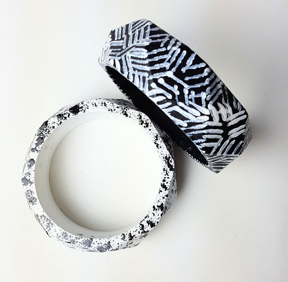 GEOMETRIC BANGLE Large