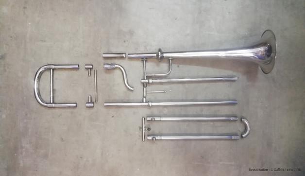 Eclaté trompette à coulisse