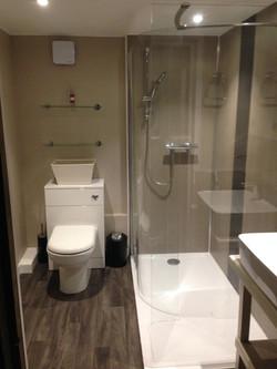 Lake Yurt Shower Room