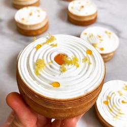 Notre dessert de la semaine__Le Tourbillon citron 😛_Merci à notre chef pâtissier _my_vision_of_happ