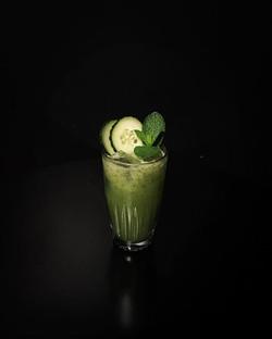 Semaine 35 _ Le Vert Pomme_- Vodka_- Citron vert_- Pomme_- Concombre_- Menthe_- Sucre de canne_On co