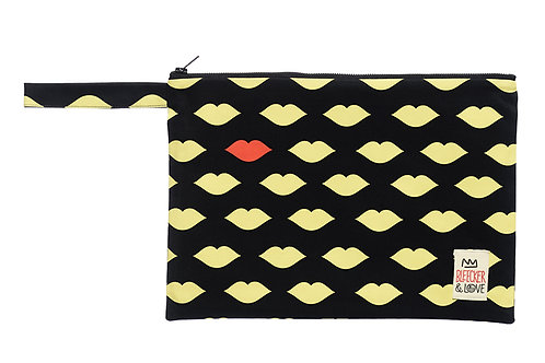 KISS THE FROG YELLOW small(25x18)cm