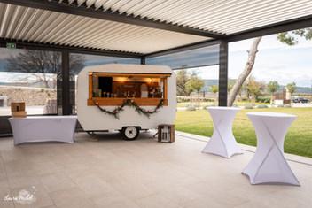 Madeleine caravane bar