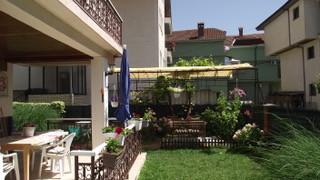 Terrasse 2 und 3 garden.jpeg