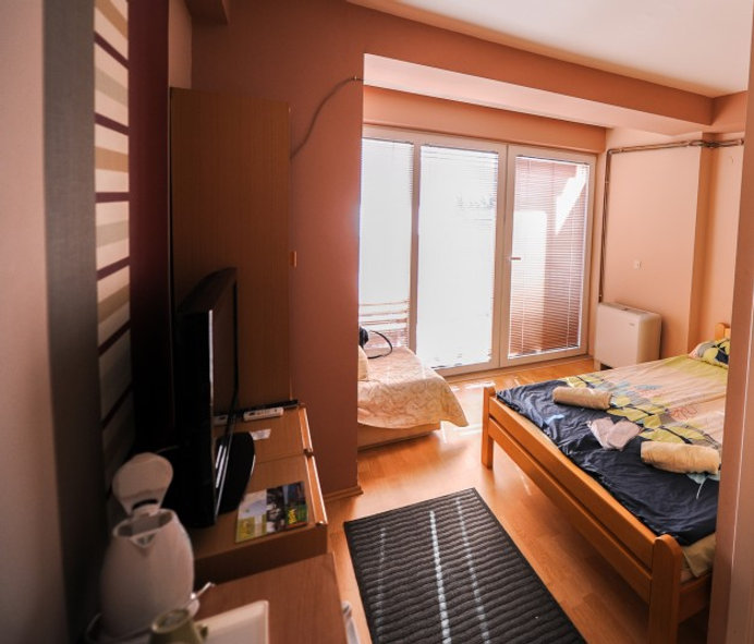 Lukanov double room .jpg