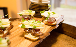 Bread, hydrated figs in white wine, apples, microgreens and delicate
