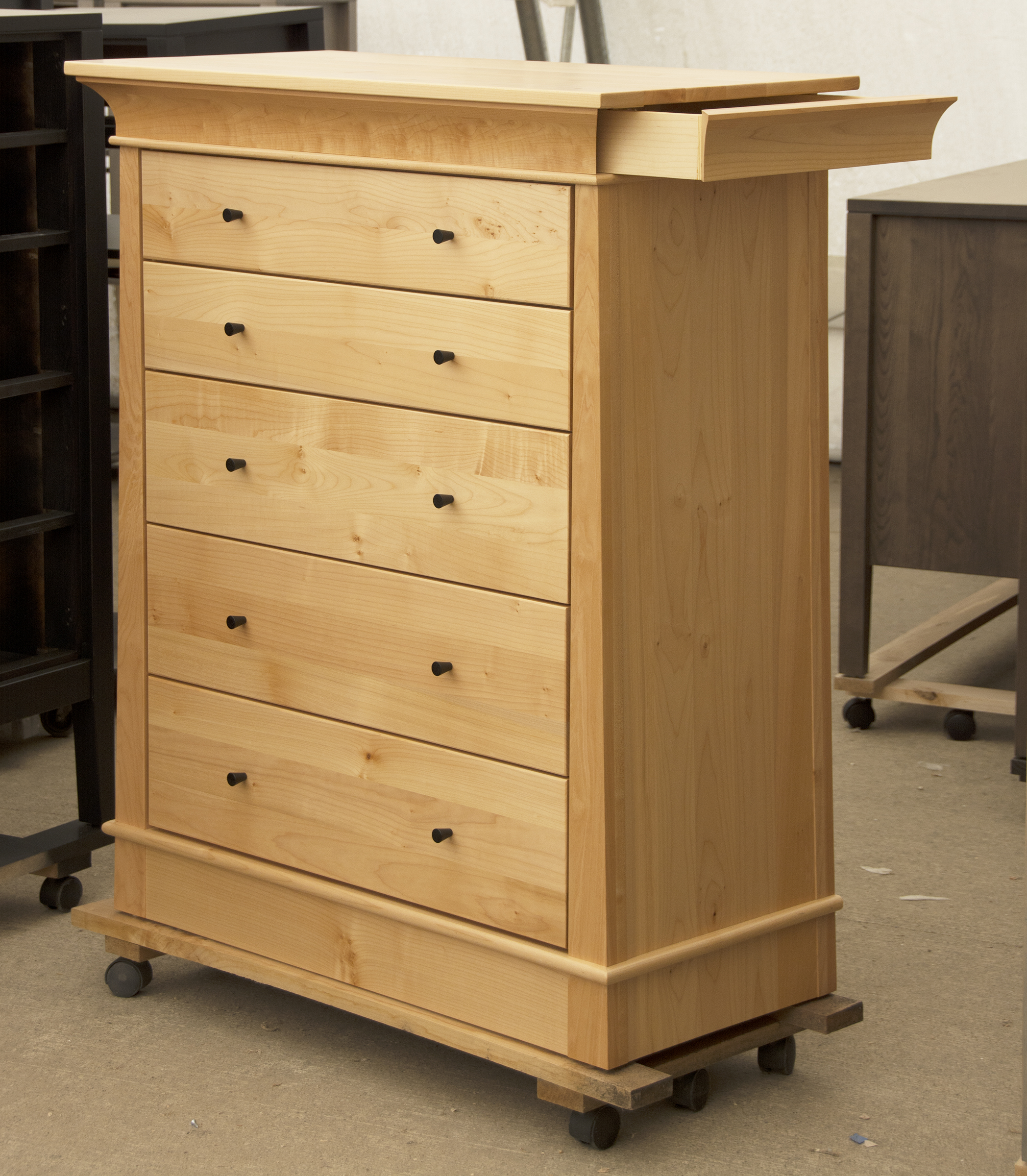 Alexandria 5 DWR with knobs Secret Drawer