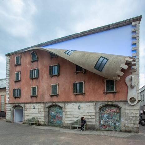 British Artist Unveils Incredible New Installation