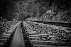 railway-line-3290342_960_720