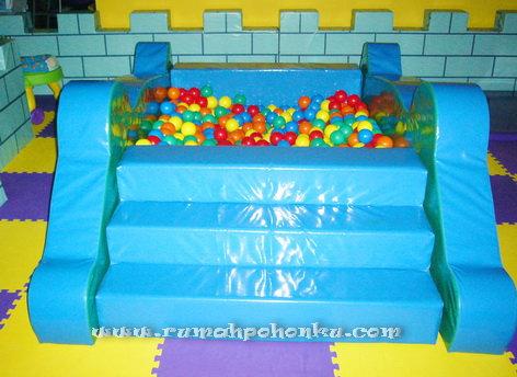 Jungle Themed Ball Pool