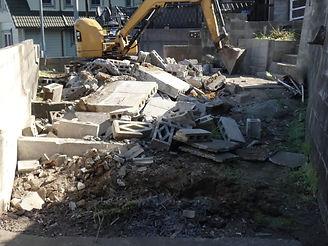 解体工事から産業廃棄物の収集運搬まで